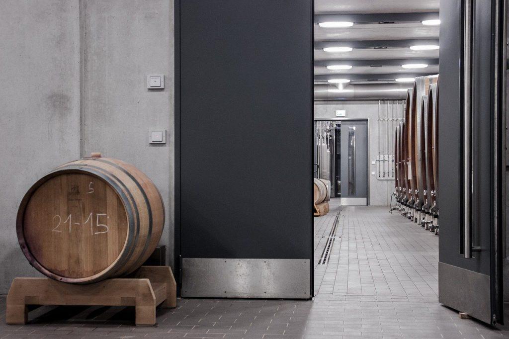 Nettoyage a l'ozone des exploitations vinicoles et viticoles